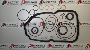 KOMPLET USZCZELEK / OVERHAUL KIT-722.9